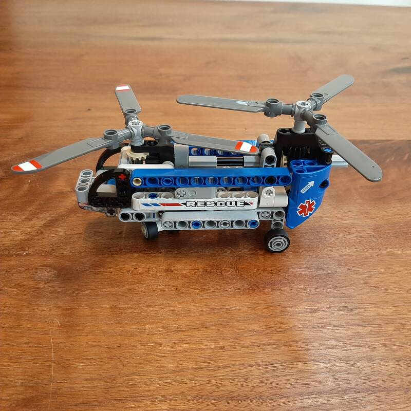 [42020]-1i Twin-rotor Helicopter (B-keus)