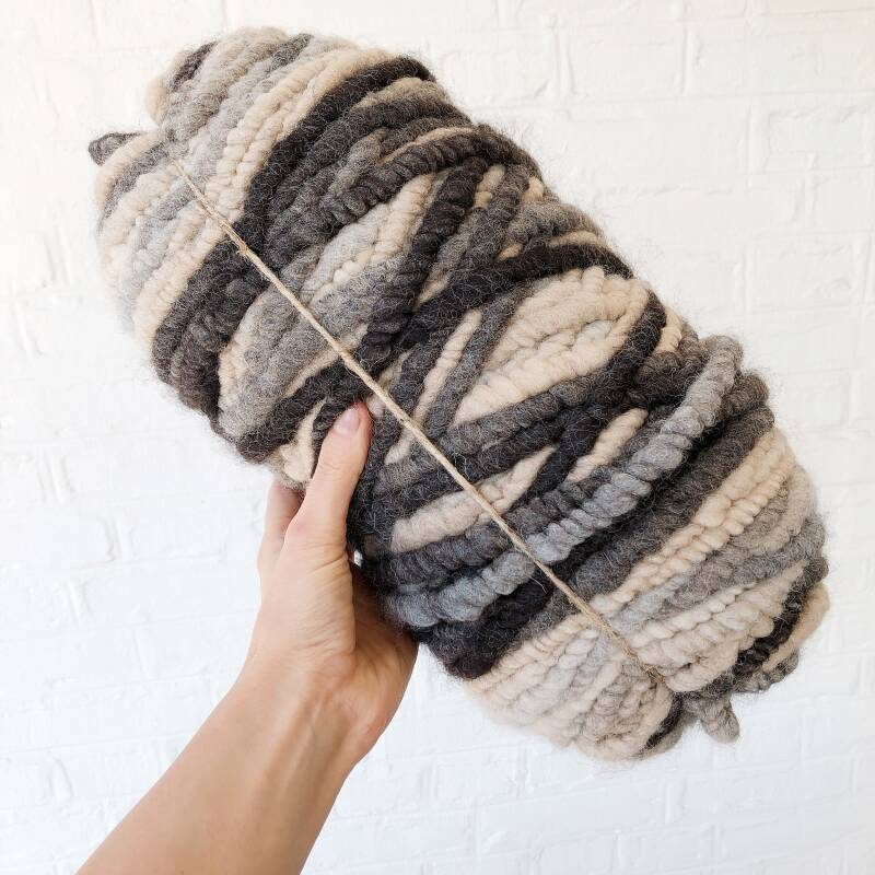 Rug yarn cushion Knit kit