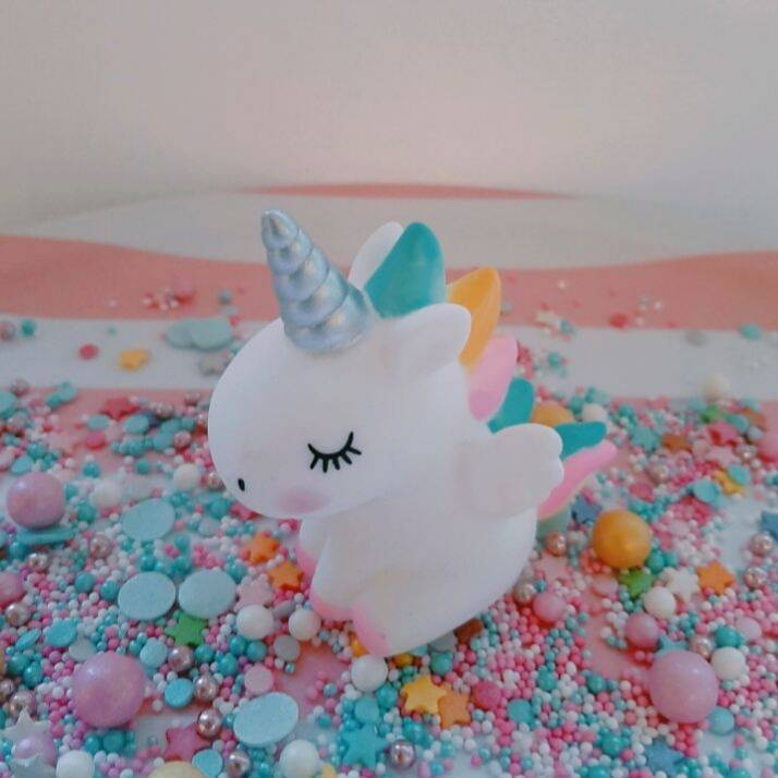 Unicorn topper*