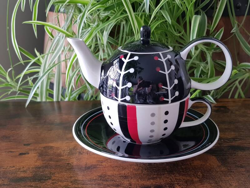 Tea for One - Nale