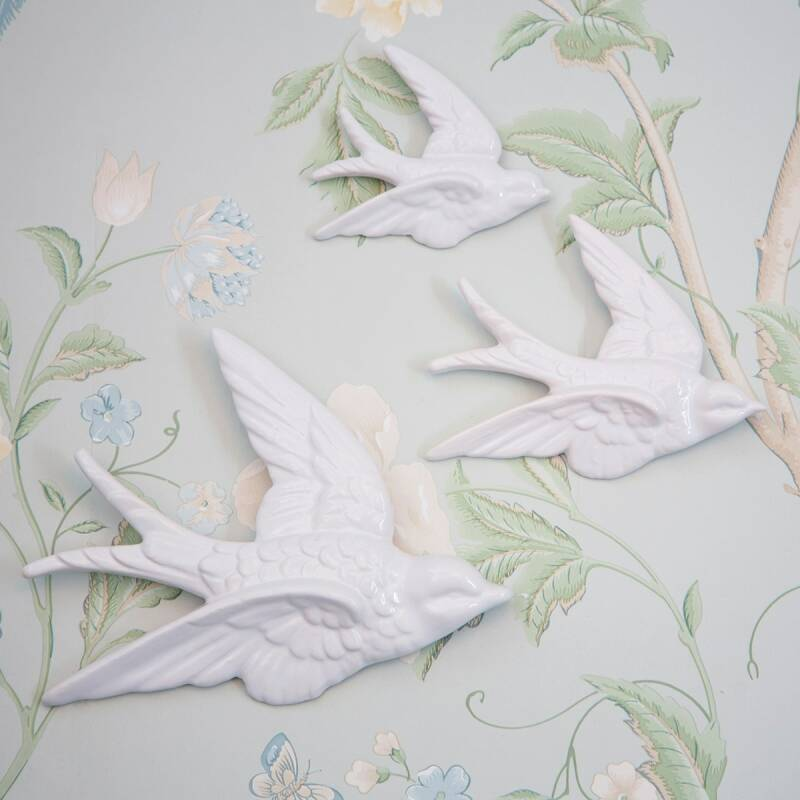 SWALLOW WALL DECORATIONS WHITE- SET OF 3