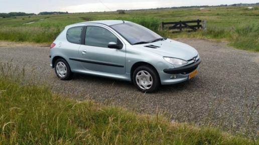 Peugeot 206 1.4 16V Gentry Automaat, Clima