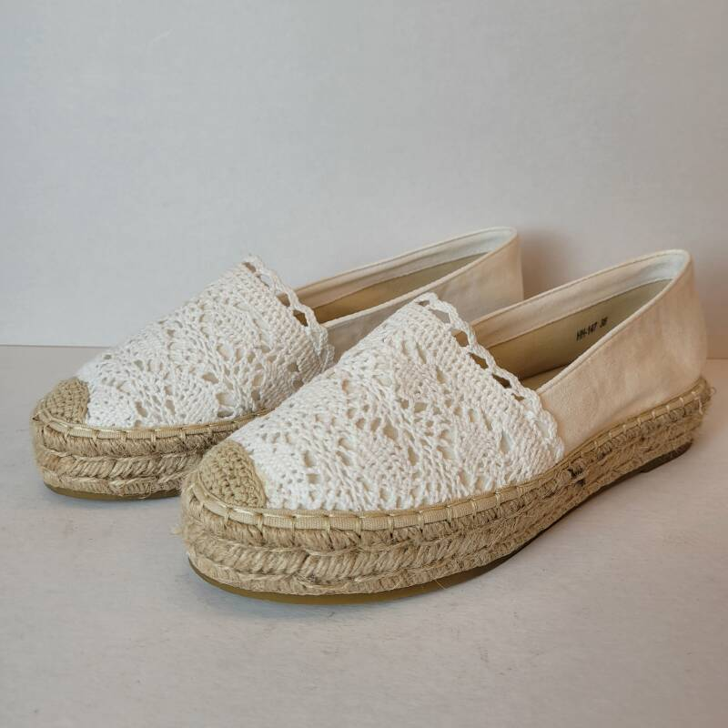 Espadrille Lace Is My Thing wit.
