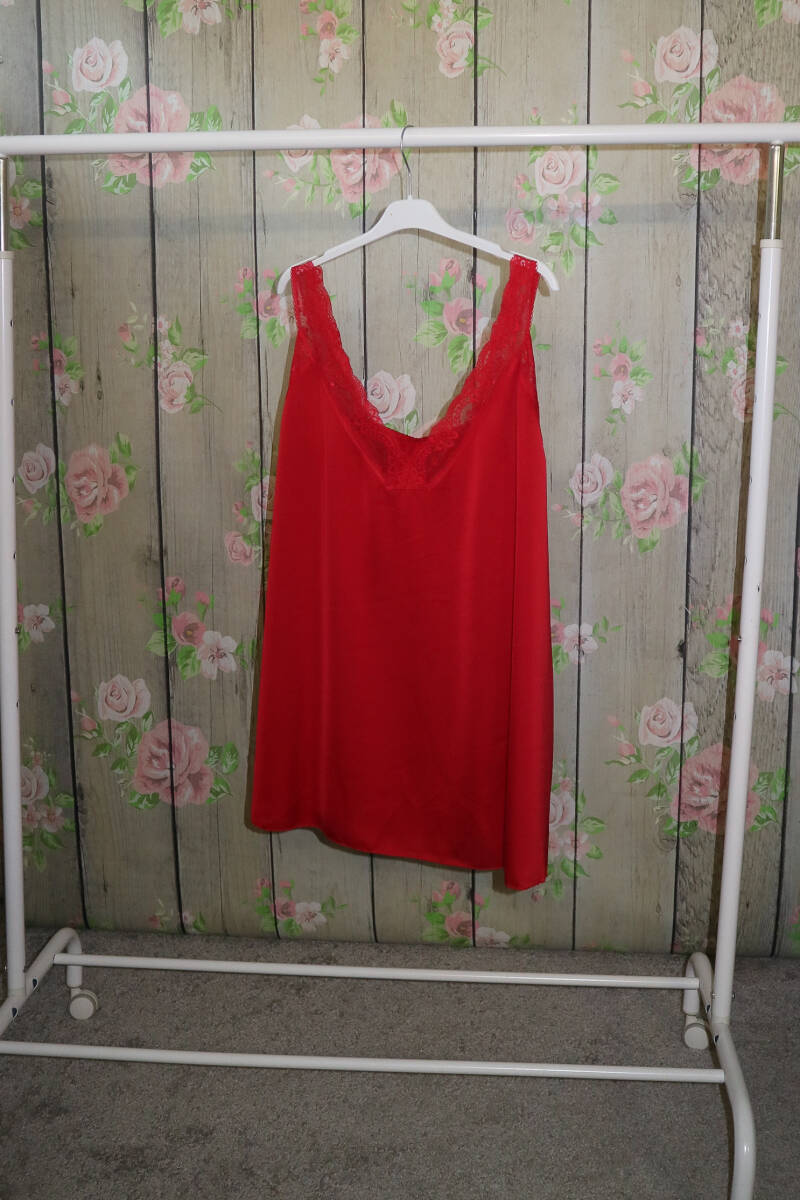 Lace top rood
