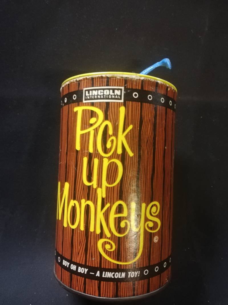 1#98. Pick up monkeys, lincoln toys