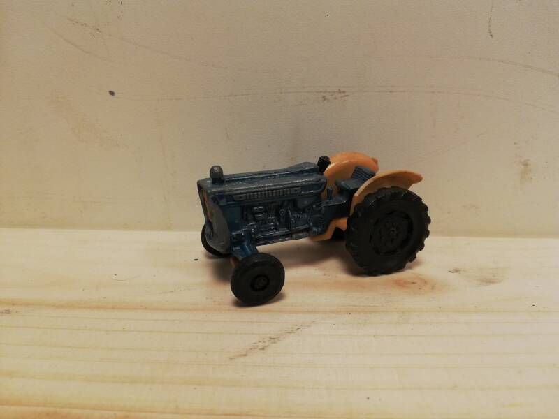 45#491. Ford tractor Majorette model diecast