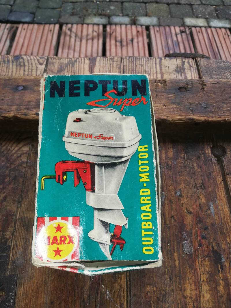 1#613. Marx neptun super toy outboard.