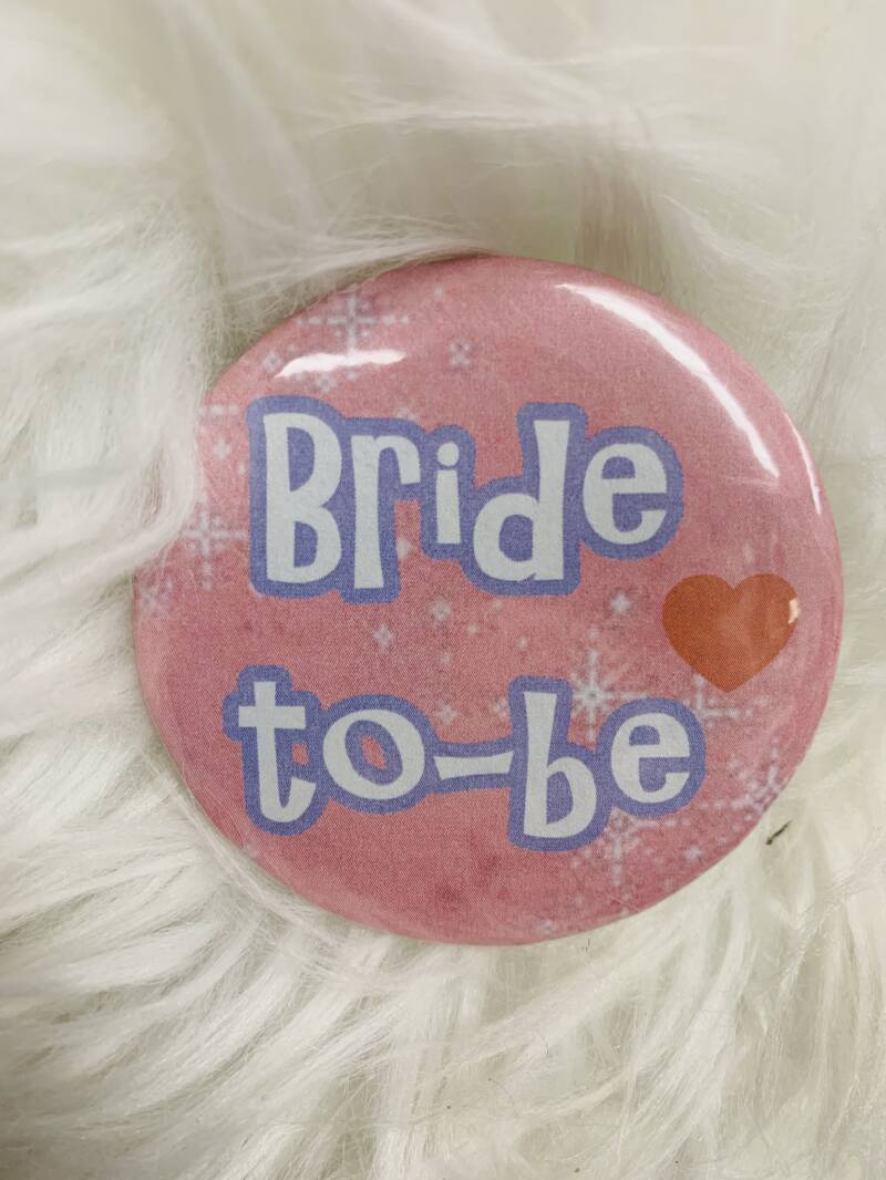 Button Bride to-be