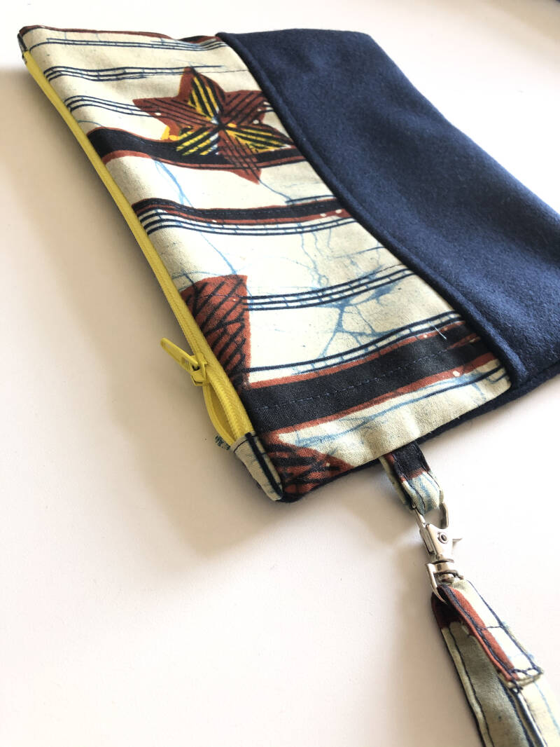 Etui   Pouch met keycord