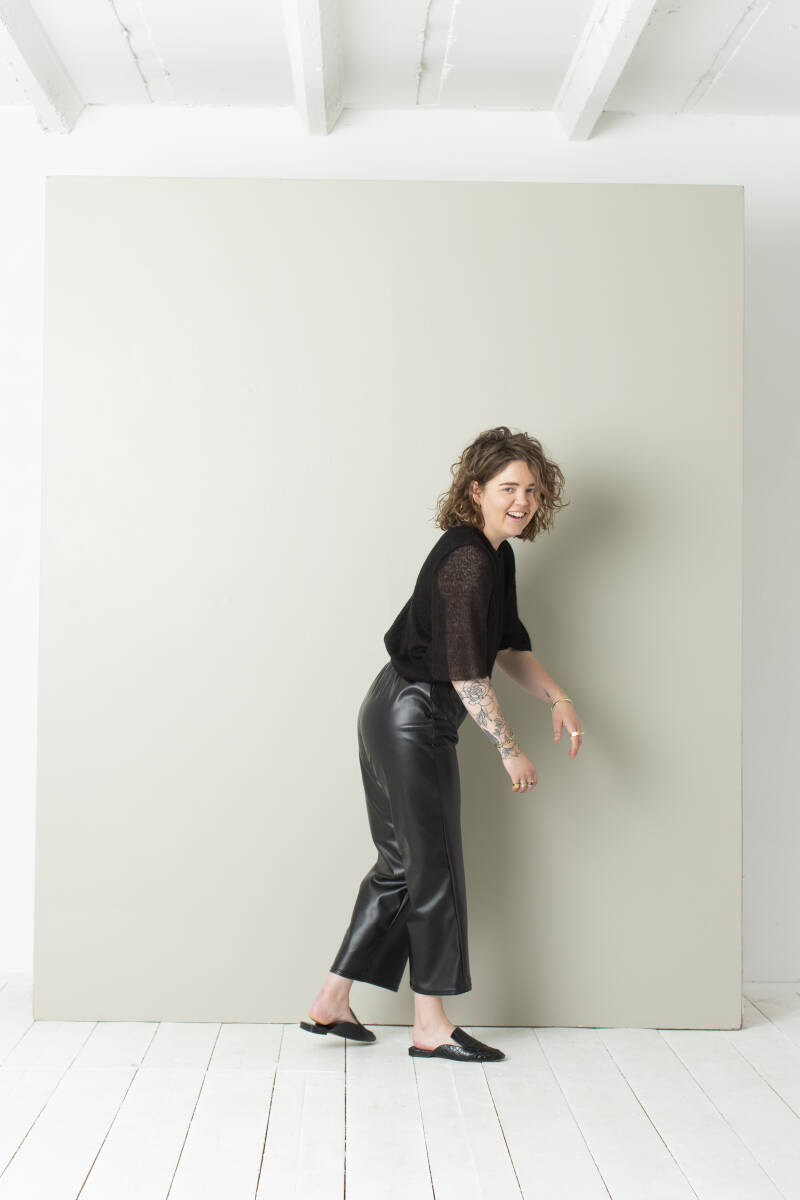 LEATHER ANKLE PANTS