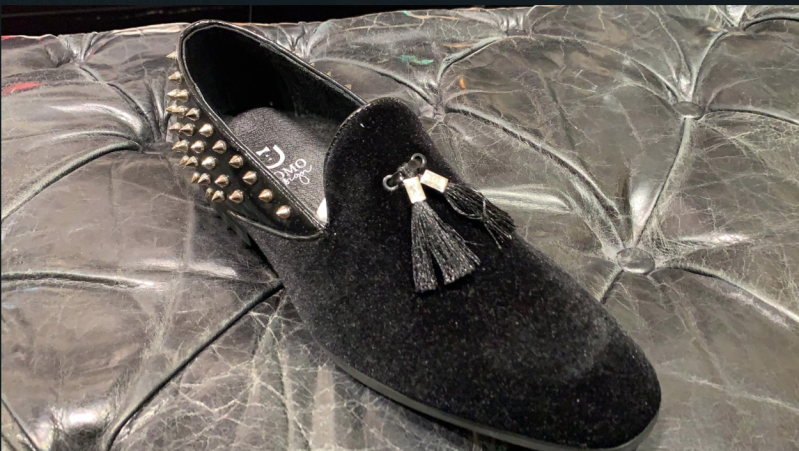 LOAFER BLACK WITH SPIKES
