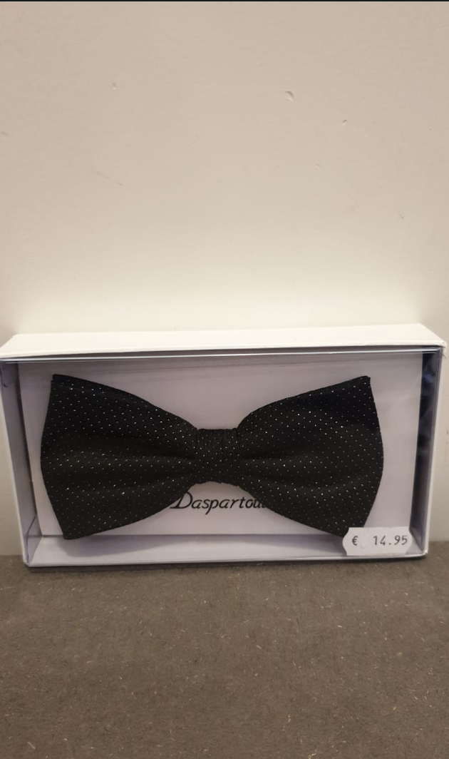 POLYESTER BOW TIE BLACK WITH SILVER DOTS