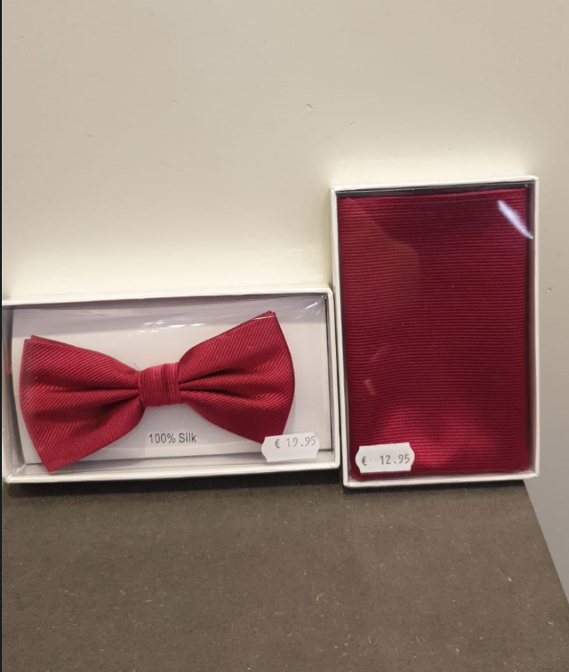 SILK BOW TIE WITH HANDKERCHIEF RED