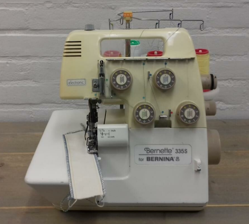 Bernette 335DS Lockmachine