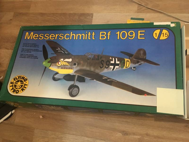 Messerschmitt Bf109E Flying Styro Kit incl CO2 motor 1/15 model B plane