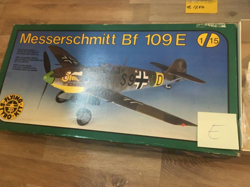 Messerschmitt Bf109E Flying Styro Kit incl CO2 motor 1/15 NON COLOURED model E
