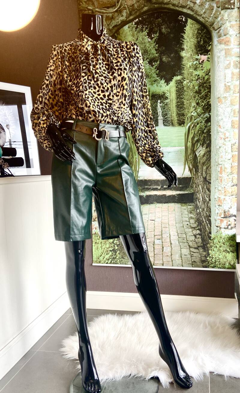 Short Leather Green