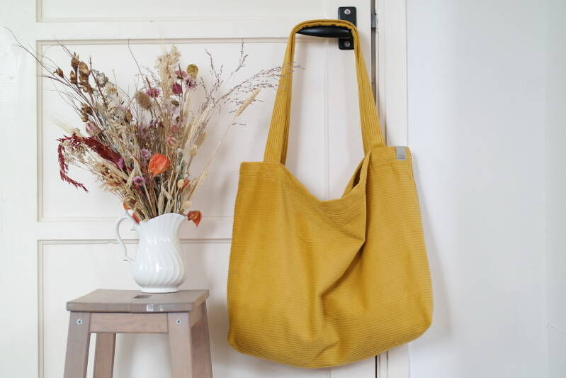 Ochre corduroy | Mom Bag
