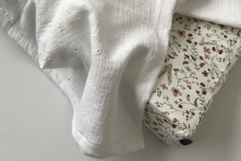 Swaddle Embroidery | M & XL