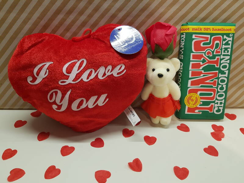 Giftset I love you (Melk hazelnoot)