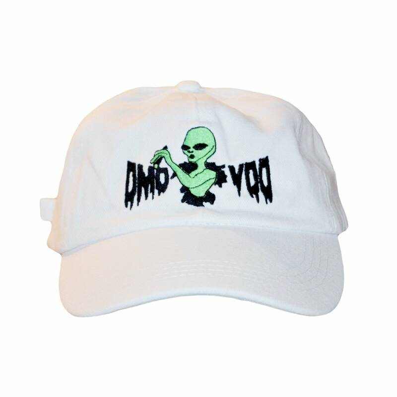 "Alien ""Pass The Weed"" Cap"