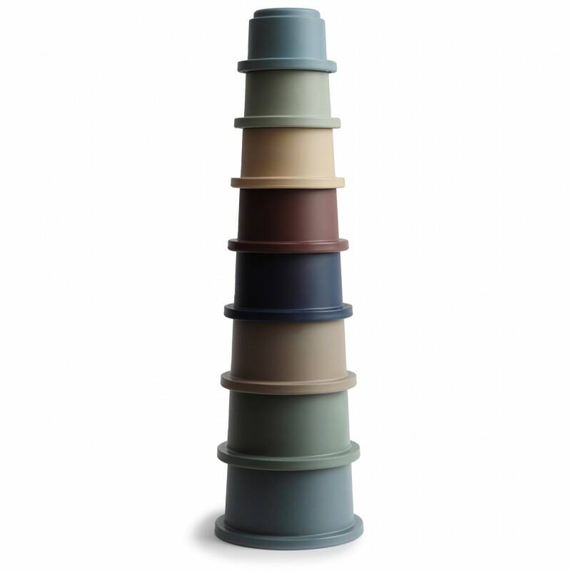 Mushie stacking cups forest green