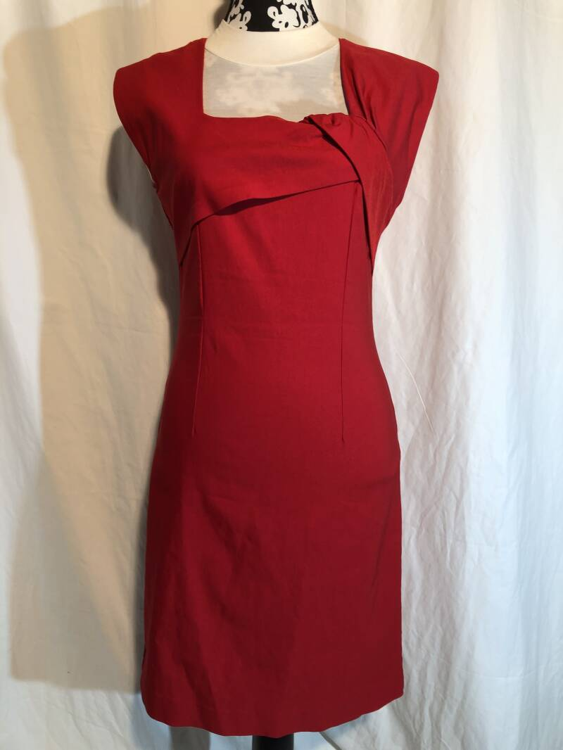 Bettie Page rode pencilldress maat M