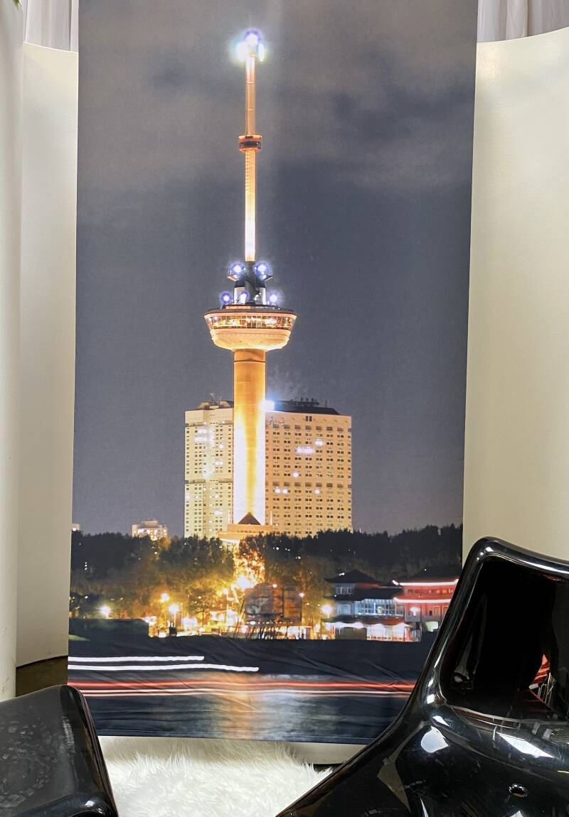 Banner Euromast by night