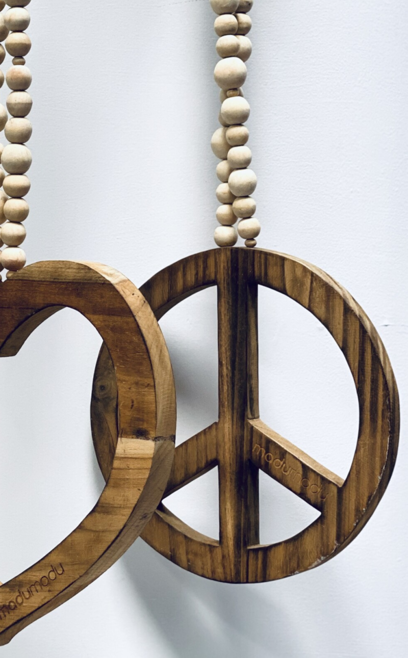 Hanger decoratief hout PEACE