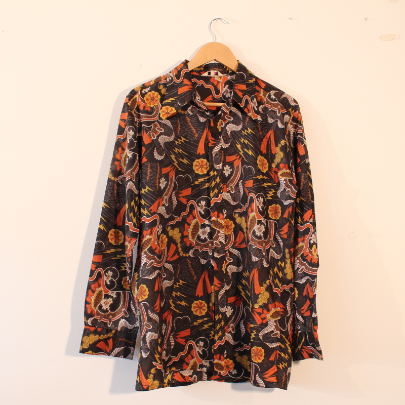C7. 70s style long sleeve - size L