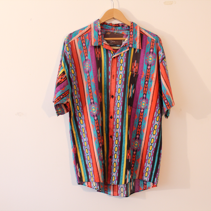 B8. Crazy colourful print shirt - size L
