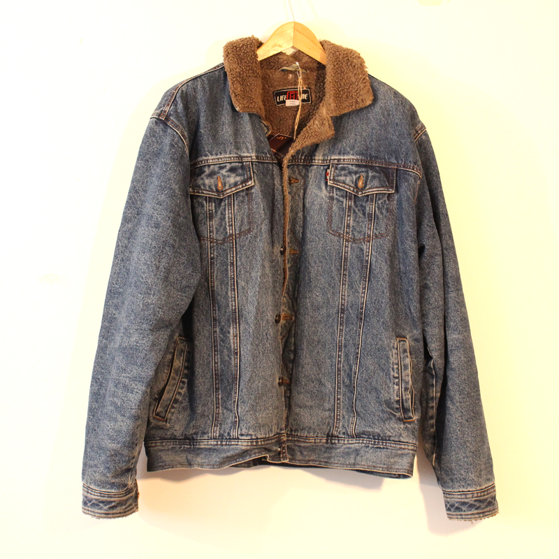 G5. Thick denim jacket - size XXXL