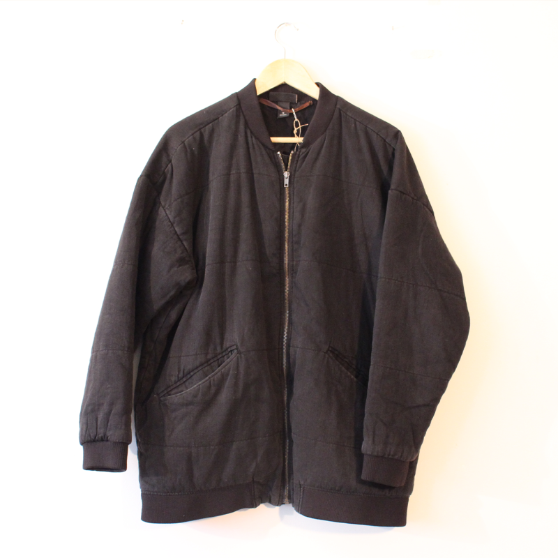 G8. Cotton bomber jacket - size M