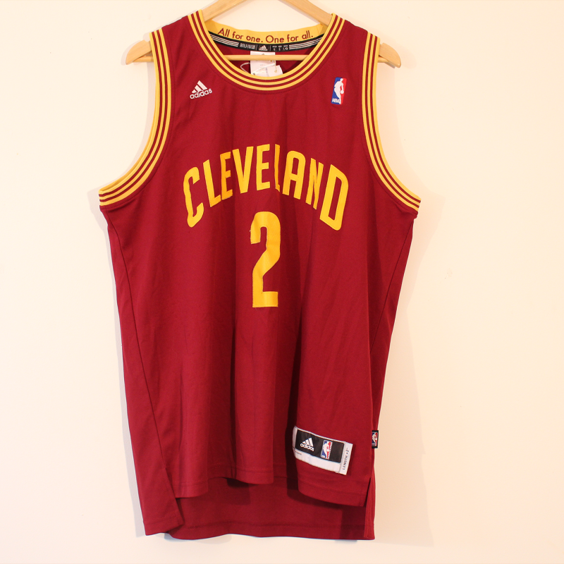 D20. Cleveland Irving NBA top - size L