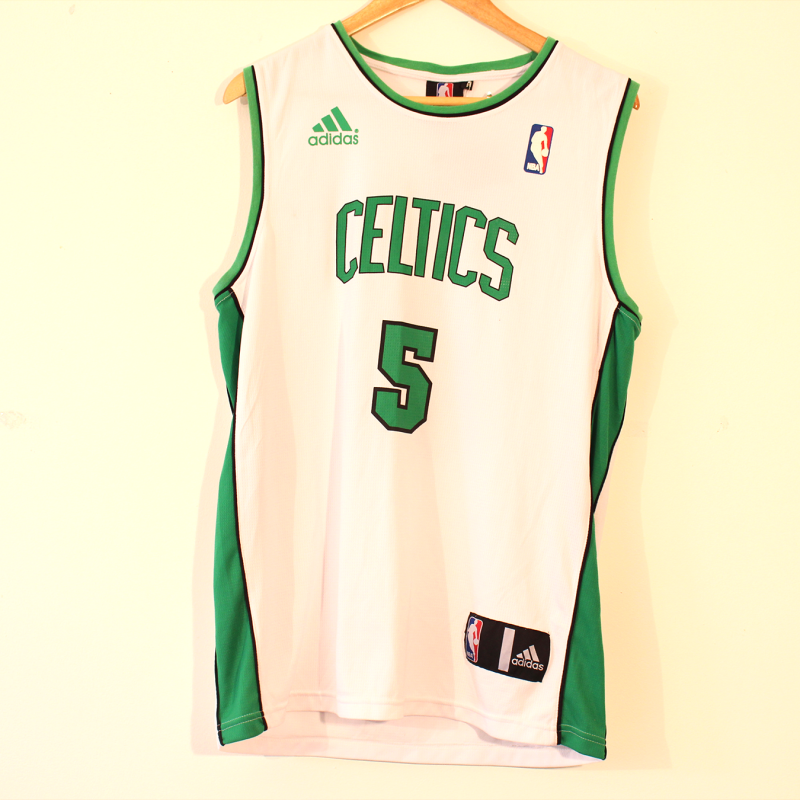 D18. Celtics Garnett NBA top - size L