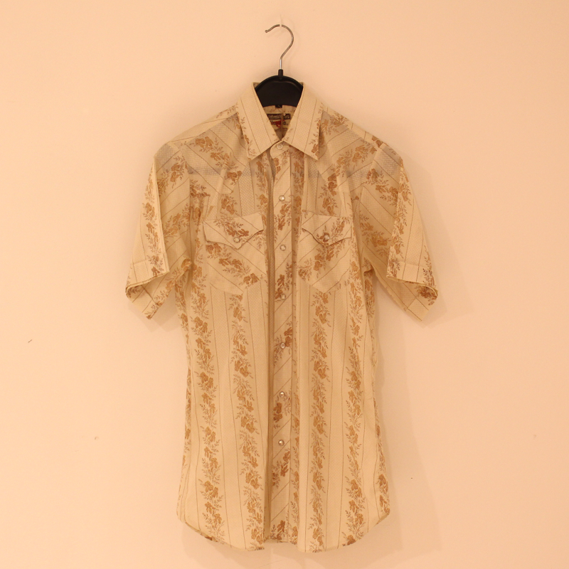 B17 - western feel button up shirt - size S
