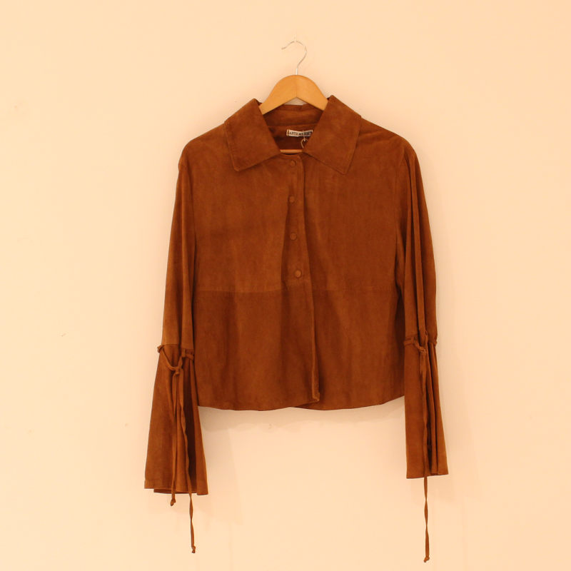 C15. Suede top - size M
