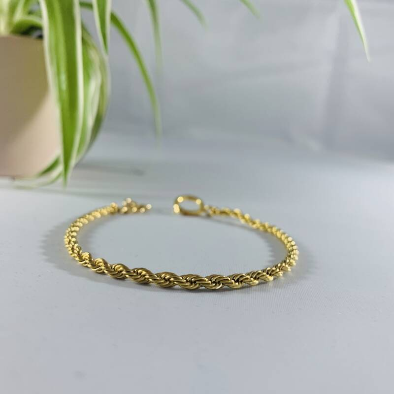 Gedraaide armband gold plated