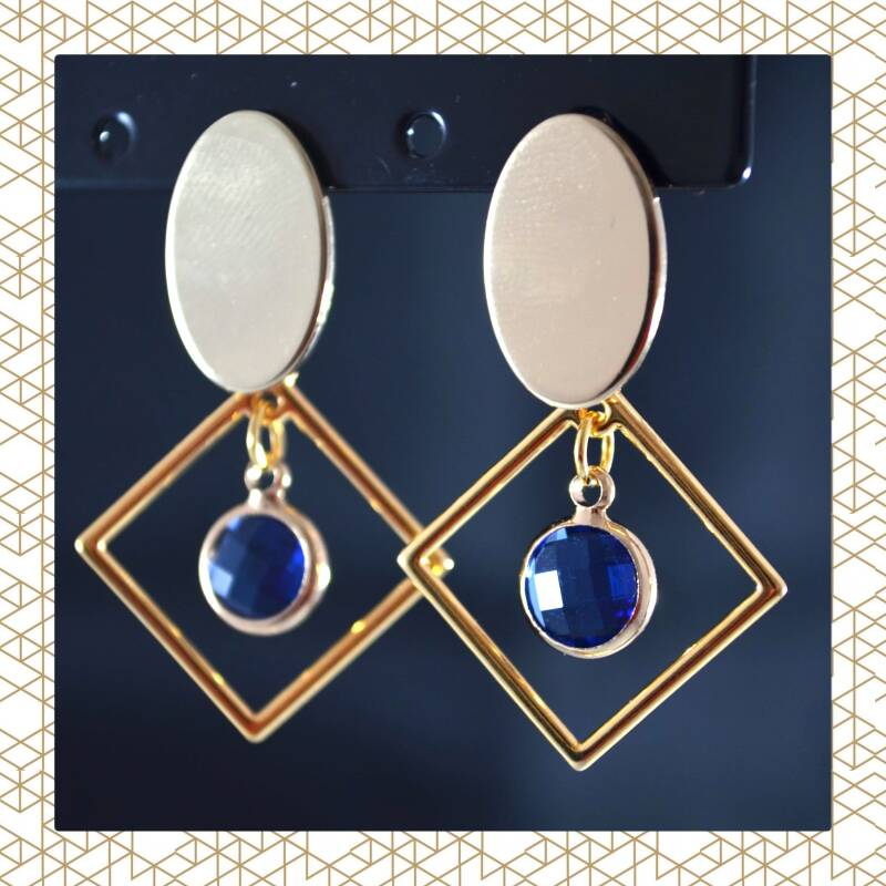 Gatsby oorbellen blauwe parel gold plated