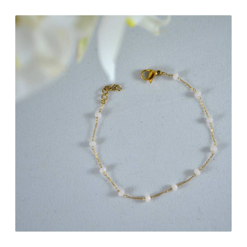 Witte parel armband Gold plated