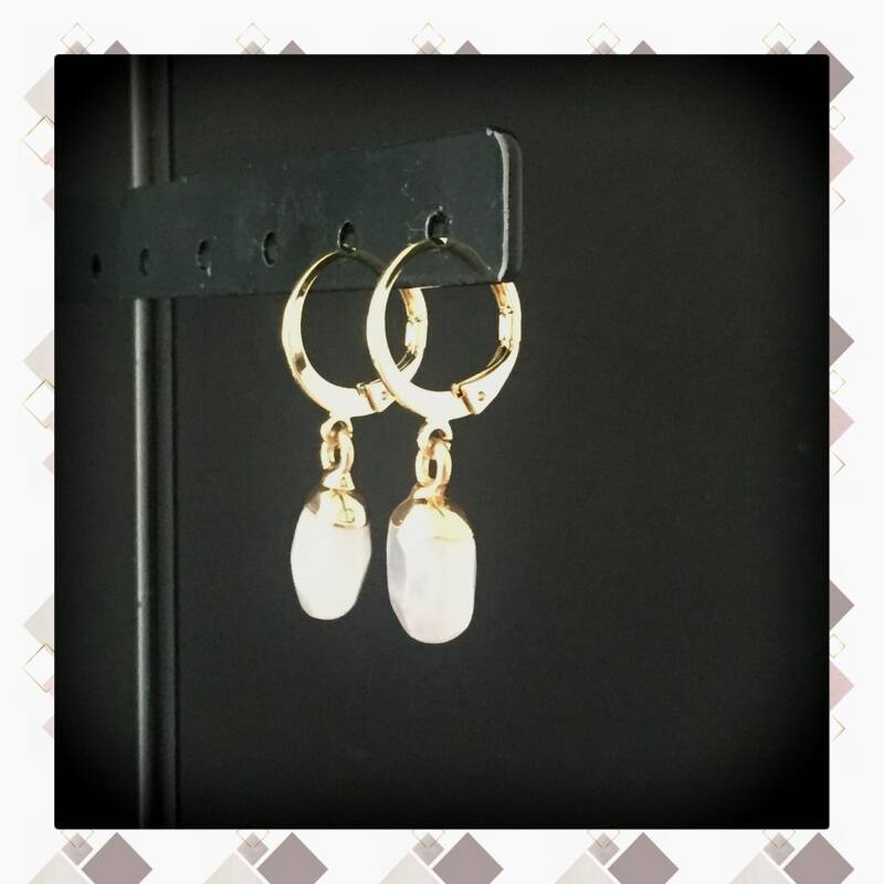 Witte steen Gold plated