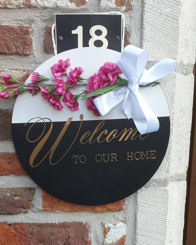 tekstbord ' Welcome to our Home'