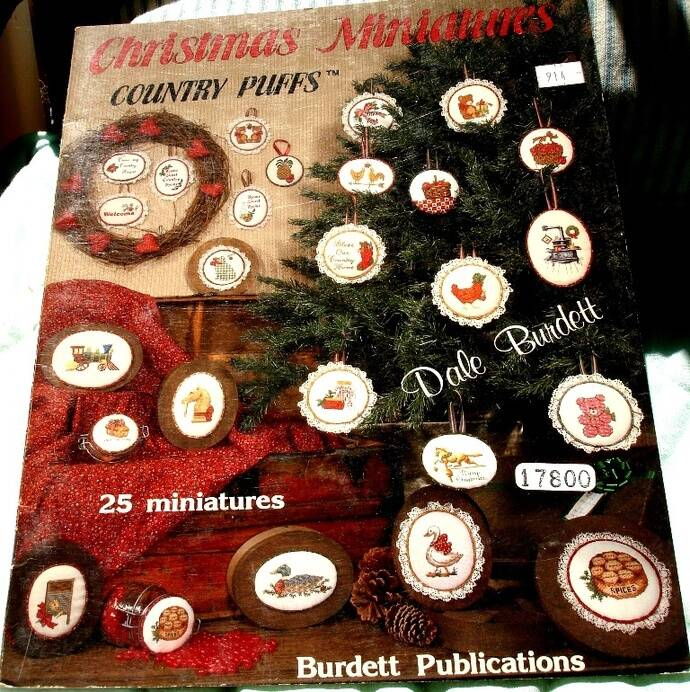 Christmas Miniatures Country Puffs By Dale Burdett