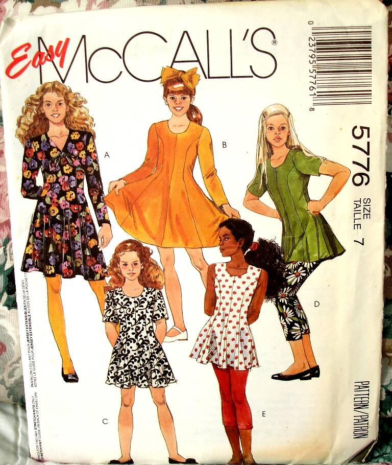 McCall's 5776 Girls Semi Fitted Flared Dress Or Tunic And  Leggings Size 7