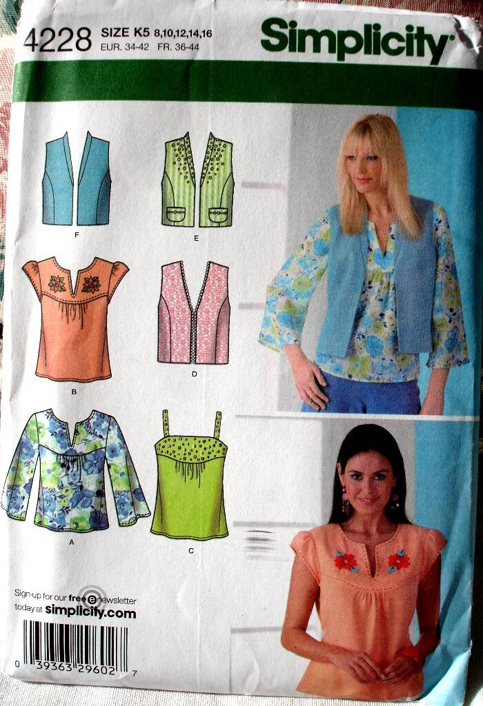 Simplicity 4228 Misses Lined Vest In Two Lengths And Tops Size K5 (8-16)