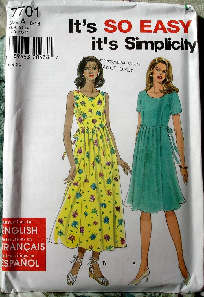 Simplicity 7701 Princess Seamed Bodice Dress With Gathered Full Skirt Size A (8-18)