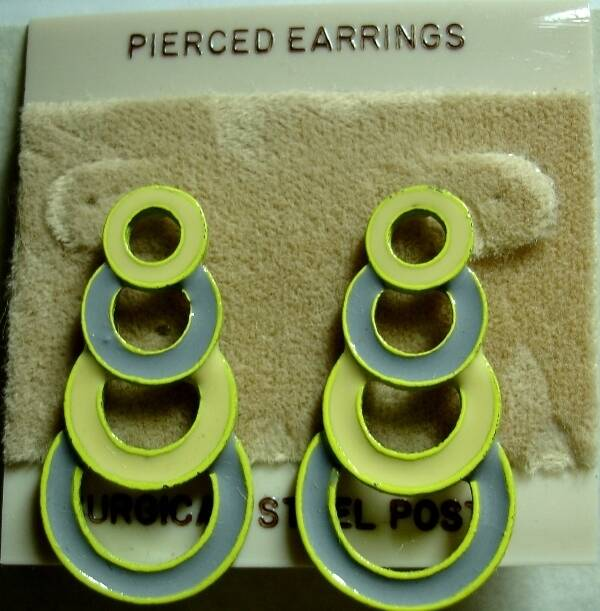 Vintage Pierced Dangle Earring With Descending Circle In Yellow And Gray