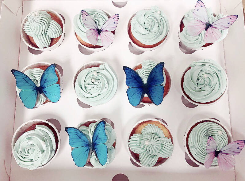 CUPCAKE BOX | BLUE BUTTERFLY