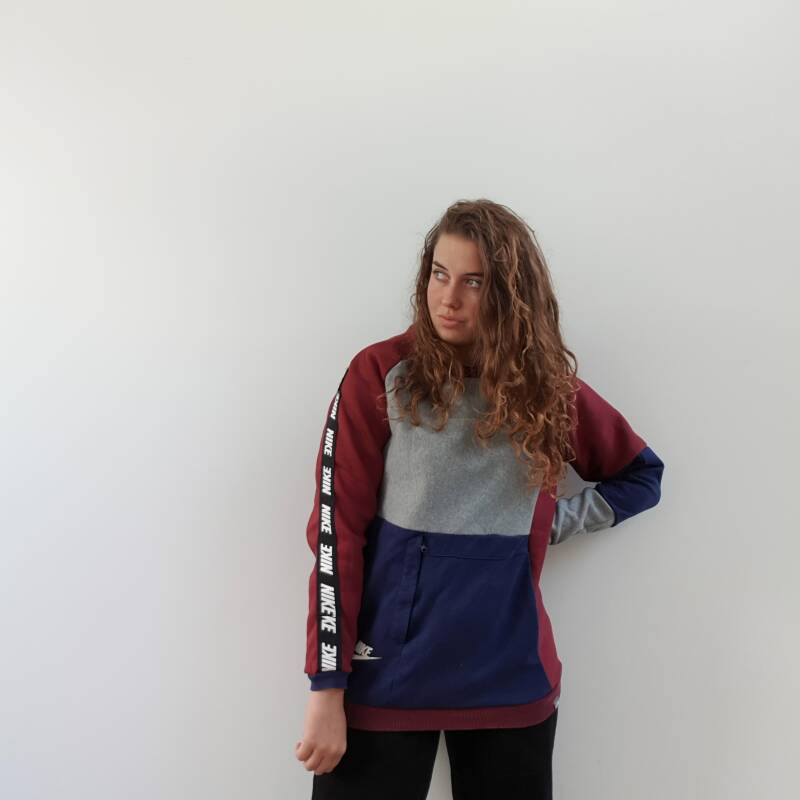 Sweater blue/red