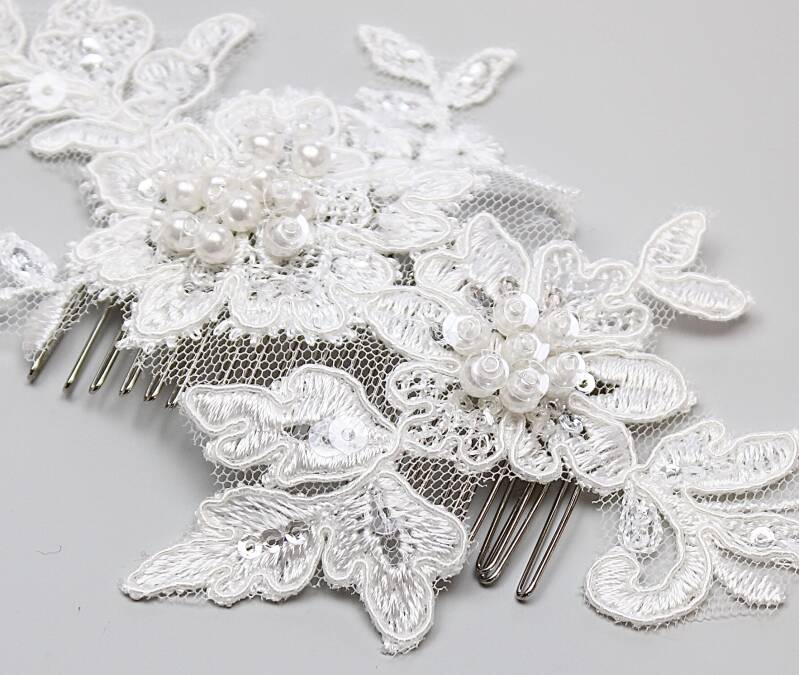 LACE BRIDAL HAIR COMB, PEARLS